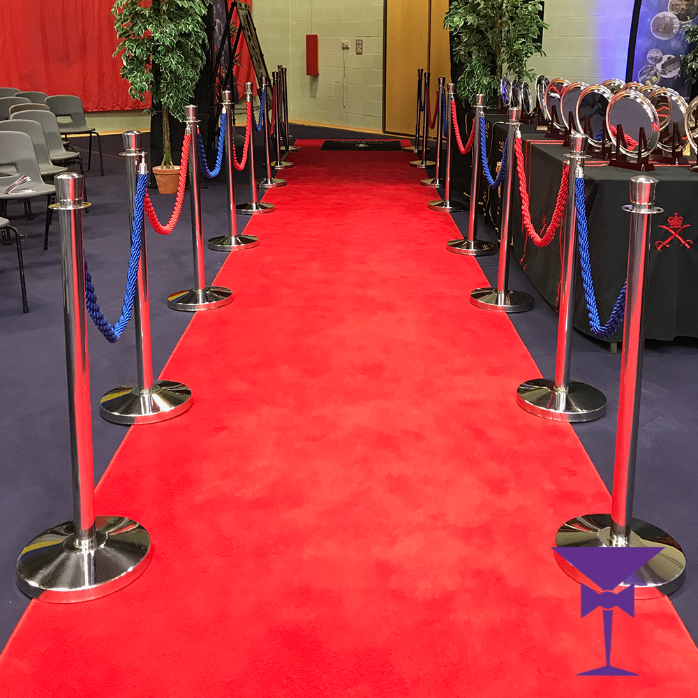 Red-Carpet-Hire-10-Metre-Red-Blue-Ropes