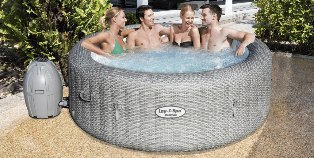 Hot tub for hire in Kent - 4 to 6 person